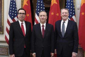 Liu He, Robert Lighthizer et Steven Mnuchin