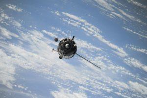 Un satellite dans l'espace.